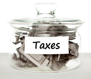 taxes 300x262 Michigan Estate Tax Basics